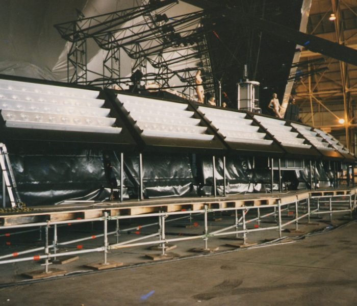 Artistic Licence lighting control on the Pink Floyd – Division Bell Tour